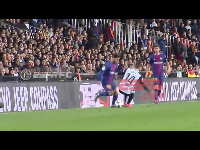 Messi humilló a Gayá con un caño sensacional