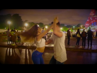 Love bachata in paris