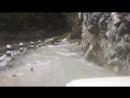 Дорога через водопад.
