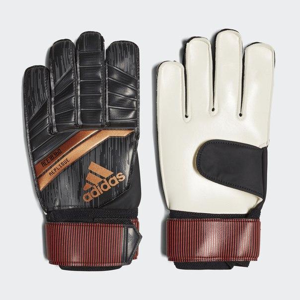 Вратарские перчатки Predator 18