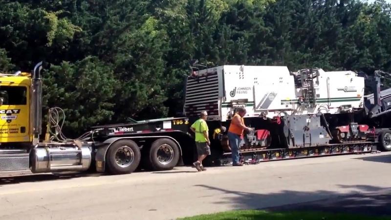 Как перевозят дорожную фрезу Wirtgen W2100 весом 40 тонн