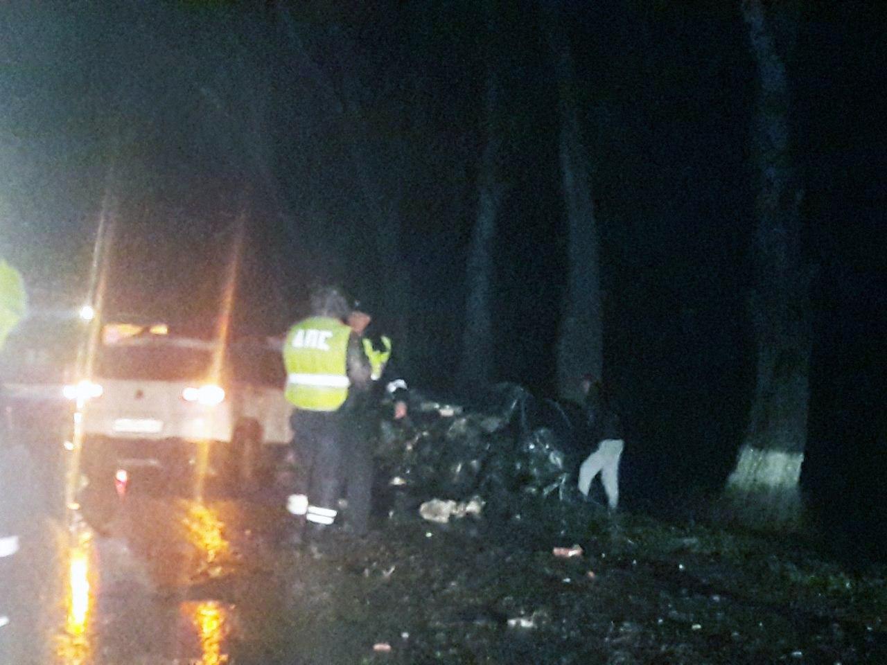 На трассе «Ростов-Таганрог» в серьезном ДТП с участием трех автомобилей погиб человек