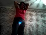 У меня есть волшебное влагалище, когда я танцую оно светится!