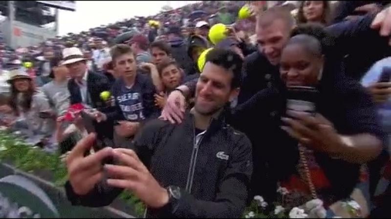 Tough conditions, tough opponent, HUGE win for Novak Djokovic. - - SelfieTime