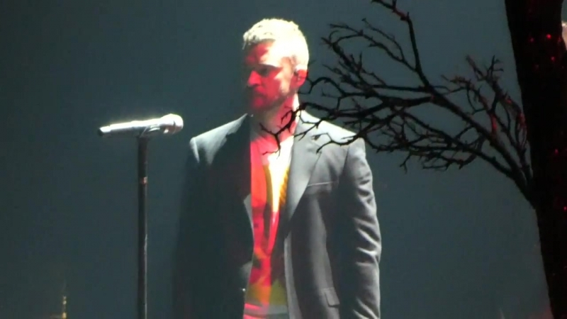 Suit and Tie [28 April - Man of The Woods Tour live in Forum Los Angeles]