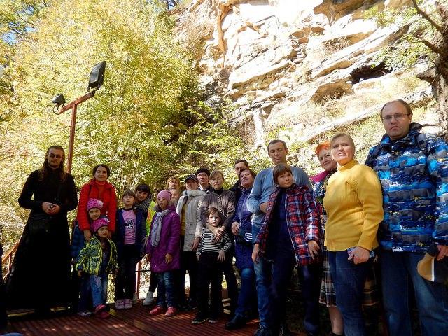 Паломники из Ставрополья посетили святыни Зеленчукского района