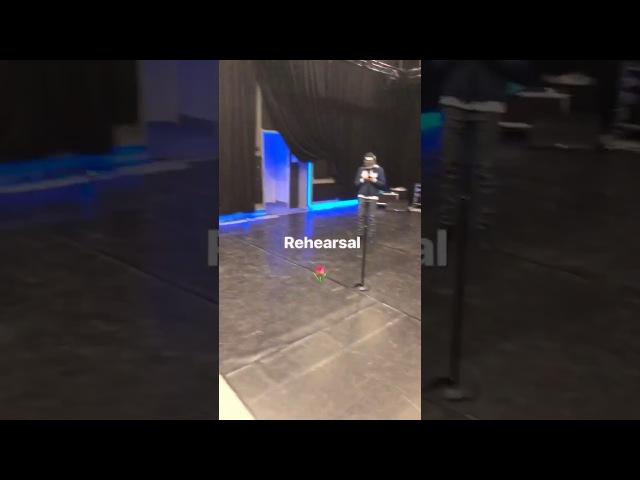 Репетиция Тины Кароль   «Жизнь продолжается»   Backstage