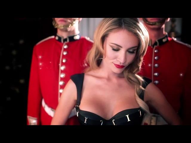 Anastasia Tretyakova Coub - Christmas (Merlin Monro – Santa Baby)