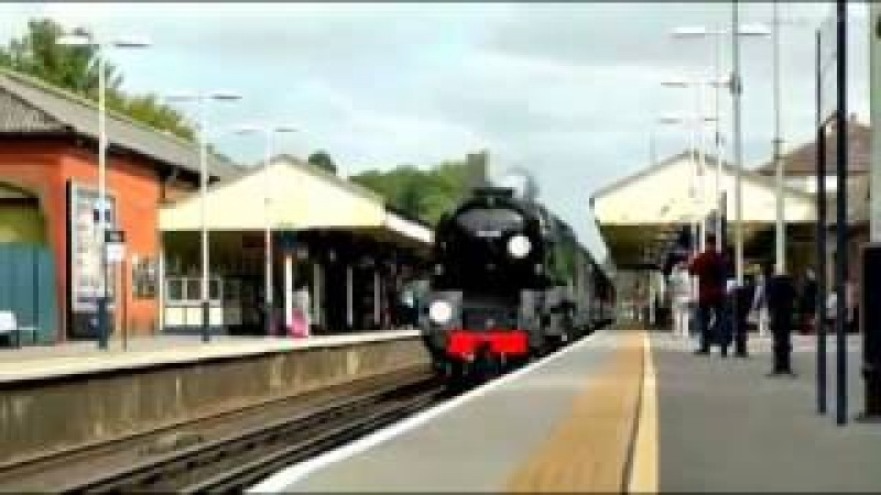 Jean Michel Jarre spacesynth - Steam Trains of Dreams race Mix