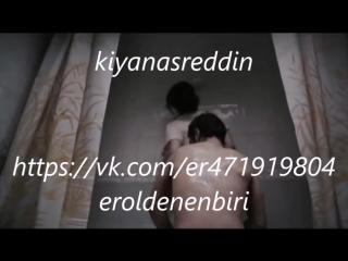 Türk filmi deli sevişme ve erkeği banyoda yıkamak - sonrasında çocuğa yakalanmak - turkish celeb Nergis Öztürk nude sex scene