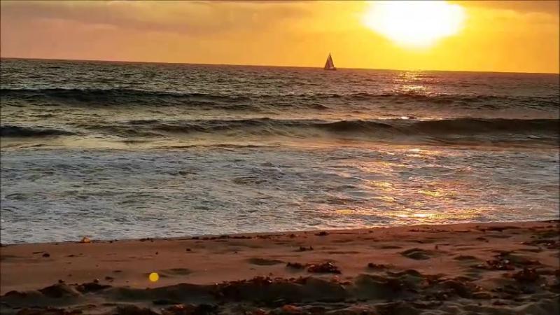 Тихий океан на закате, почти по Айвазовскому