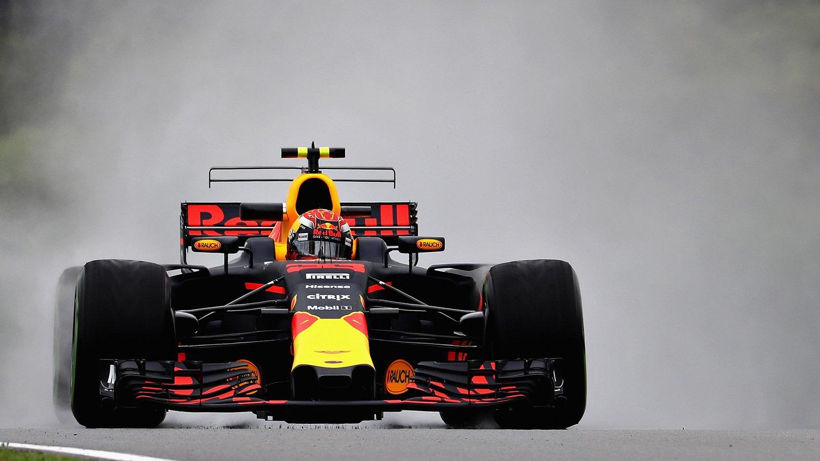 Феттель столкнулся соСтроллом после финиша Гран-при Малайзии
