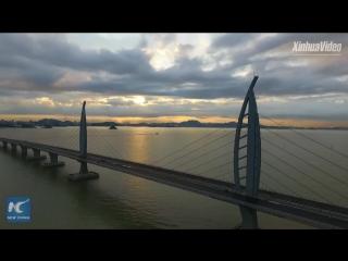 Почти закончен самый длинный мост через море