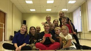 А мы танцуем в SMS DANCE!
