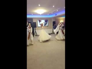 Танец прекрасной 👰Екатерины и Miasin (худ.рук.лилит Мусаелян