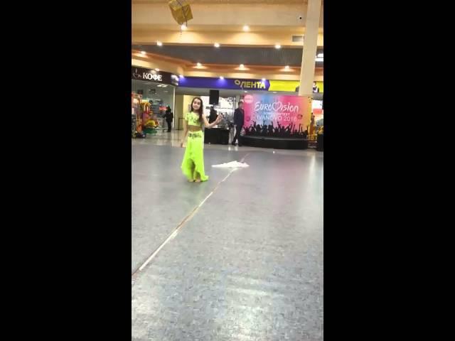 Вероника Дынник Отборочный тур Евровидения 2016г. Восточный танец с шалью платком