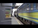 Опоздавший пассажир и возмущённый проводник поезда.