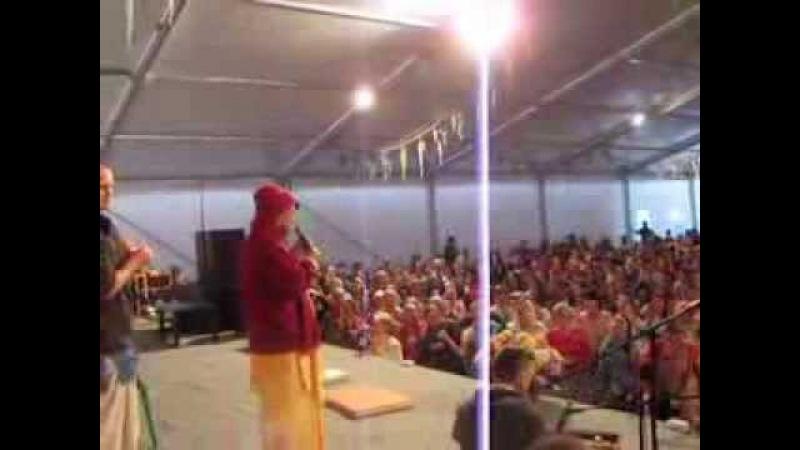 Gopal Krishna Goswamis kirtan at Sadhu Sanga Festival, Russia, 23.09.13 part 2