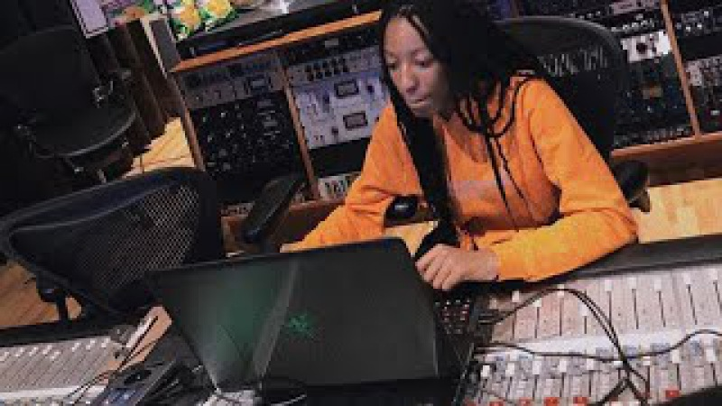 Wondagurl Playing Beats on Instagram Live