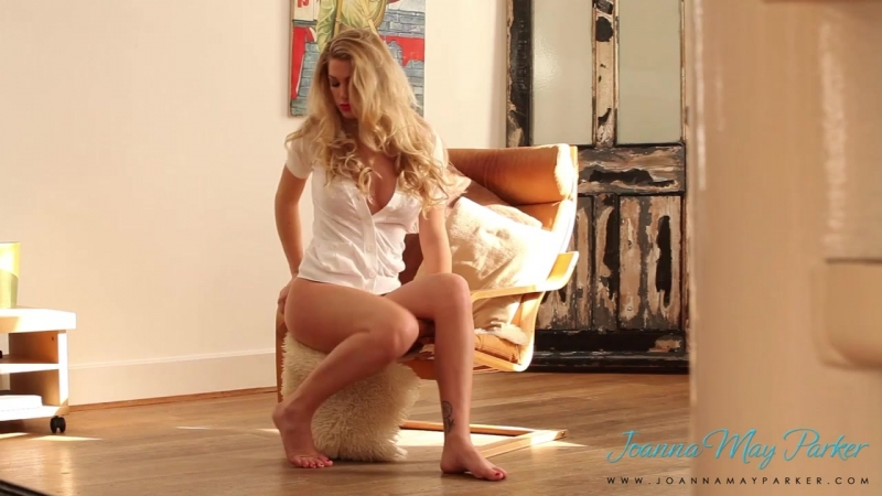 Busty Blonde Joanne May Parker BTS 27
