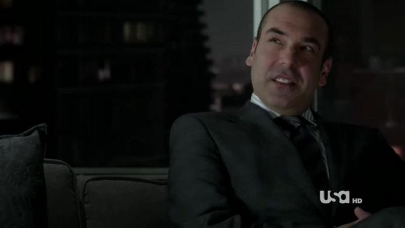 Suits 01x09 - Rachel and Louis