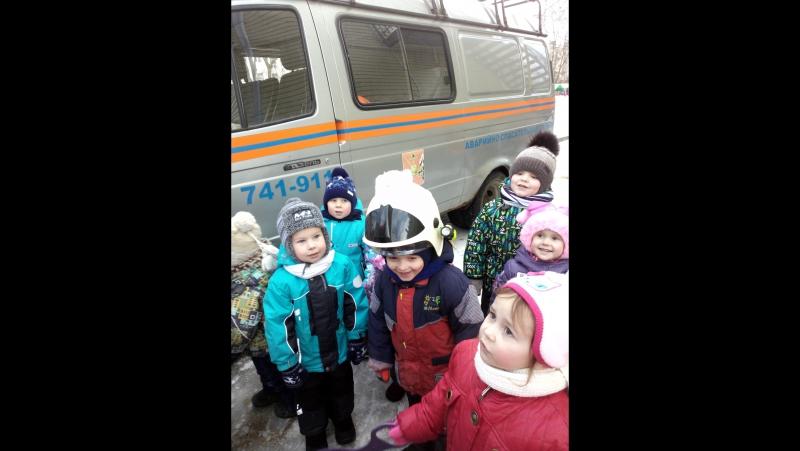 Спасение вороны МЧС в детском саду.