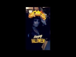 Demi lovato smoking hot halloween costume and twerking