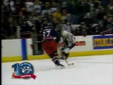 Denis Arkhipov awesome goal for Predators against Blue Jackets (2002)  Потрясающий гол Архипова!
