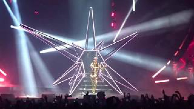 Katy Perry - Witness Roulette Dark Horse - MSG NY - 6th of October 2017