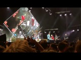Foo Fighters &amp Rivers Cuomo (Weezer) - Detroit Rock City (Kiss Cover) Live - Melbourne