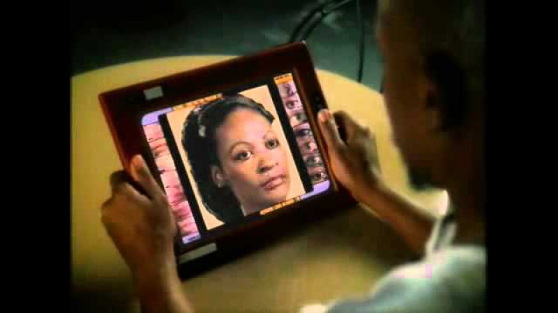 The very first Ipad shown on Star Trek years ago