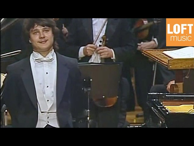 Alexei Sultanov: Tchaikovsky - Piano Concerto No. 1 in B flat minor (1990)
