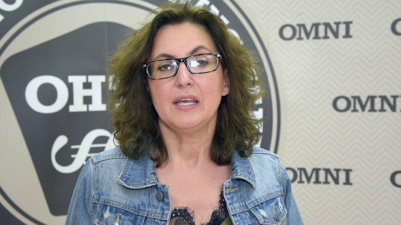 Мария стала проводить сеансы уже во время обучения OMNI, а так же поучаствовала в демонстрации процесса лечения по методу OMNI перед аудиторией и убедилась, что это наш процесс гипноза - не манипуляция!