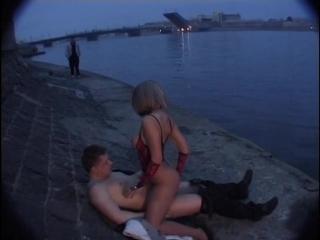 Просто трахнул на берегу реки порно любительское секс на природе сосет у речки русское порно кончил в рот