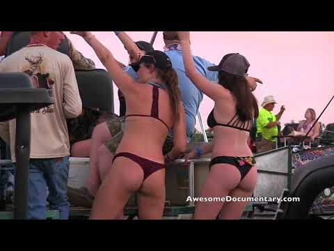 Redneck Mud Park Country Girls Twerk: Turkey, (Applications Storm)
