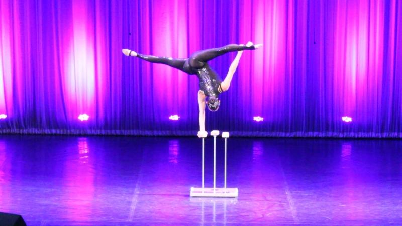 Выступление Дарины Мишиной на концерте «ТЫ ВСЕХ ПРЕКРАСНЕЙ, НЕСРАВНИМЫЙ БЛИСТАТЕЛЬНЫЙ САНКТ-ПЕТЕРБУРГ!»