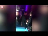 Пьяный Кит Харингтон устроил дебош в баре Нью-Йорка