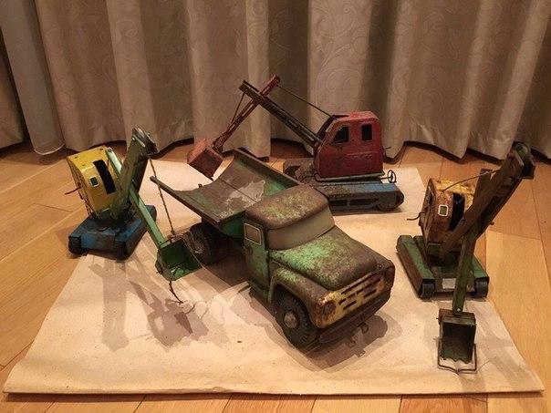 Друзья, собираю подобные железные игрушки из детства=) (Интересуют раз