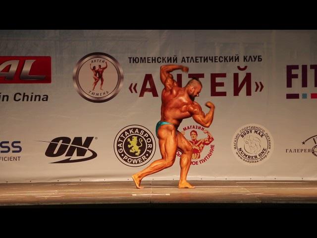 Чемпионат по бодибилдингу - Атлет из Республики Беларусь