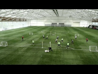 How to stretch the opposition | Soccer training drill | Nike Academy
