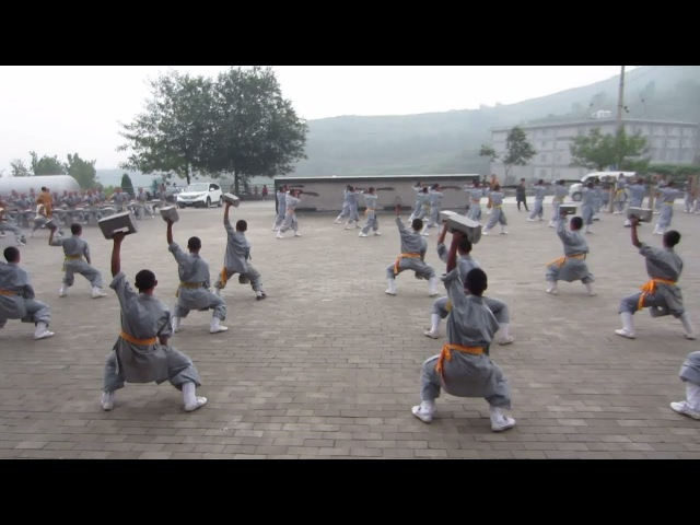 Shaolin Monks - At the Training [1] - Arm / Wrist exercises with weights -