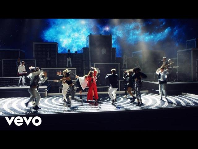 Zedd, Maren Morris, Grey - The Middle (Official Music Video)
