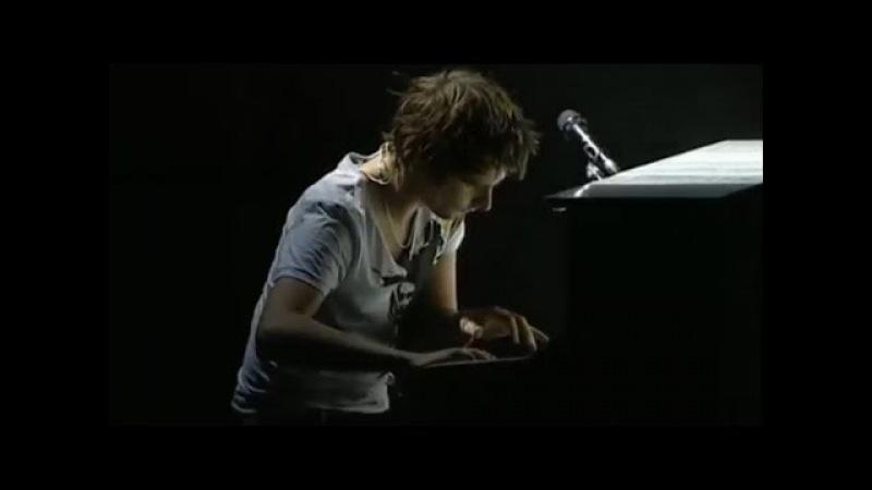 Matt Bellamy(Muse) INSANE Piano Skills