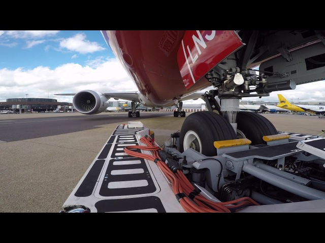 Ramp Life Norwegian B787 9 TBL pushback HD