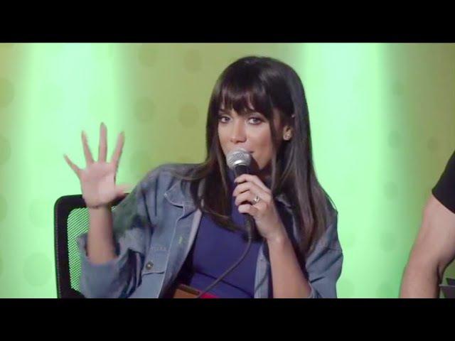 """Anitta sobre Day McCarthy: """"Louca, pode falar que eu cheiro, que eu mato, tudo"""