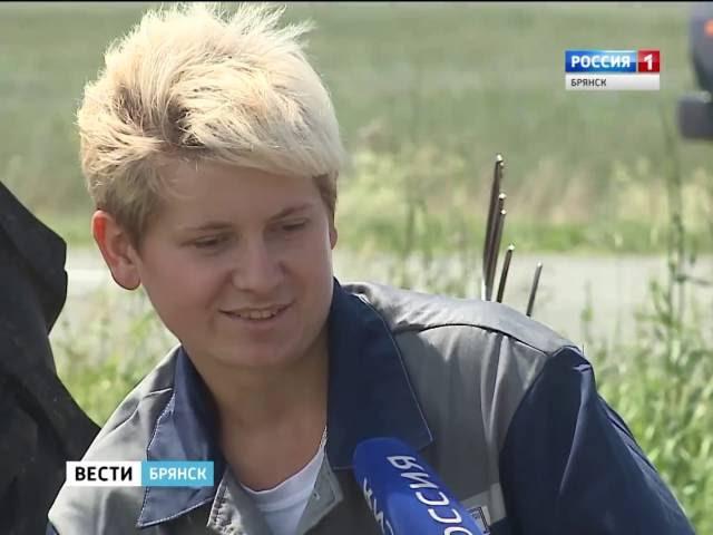 Женская тракторная бригада в Почепском районе