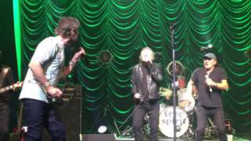 Paul Rodgers Money That's what I want with Brian Johnson and Robert Plant Oxford 14 05 17