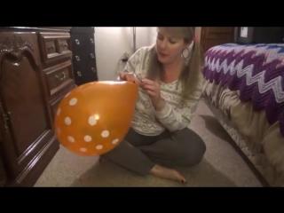 SugarSweetz - Orange Polka Dot Balloon Fun - NonPop