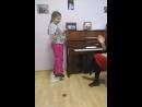 урок вокала в школе Виртуозы.Преподаватель Надежда Комагорова