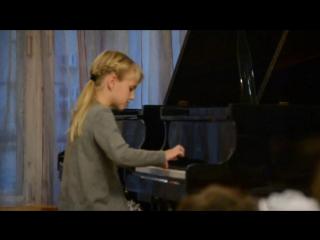 Даша Шилова (1 класс, 7 лет) Кабалевский Д.Б.